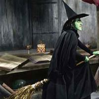 Wicked Witch Of The West Flying On Her Broom CBUB Profile: Wicked W...